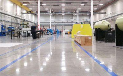 La importancia de la señalización en el pavimento industrial