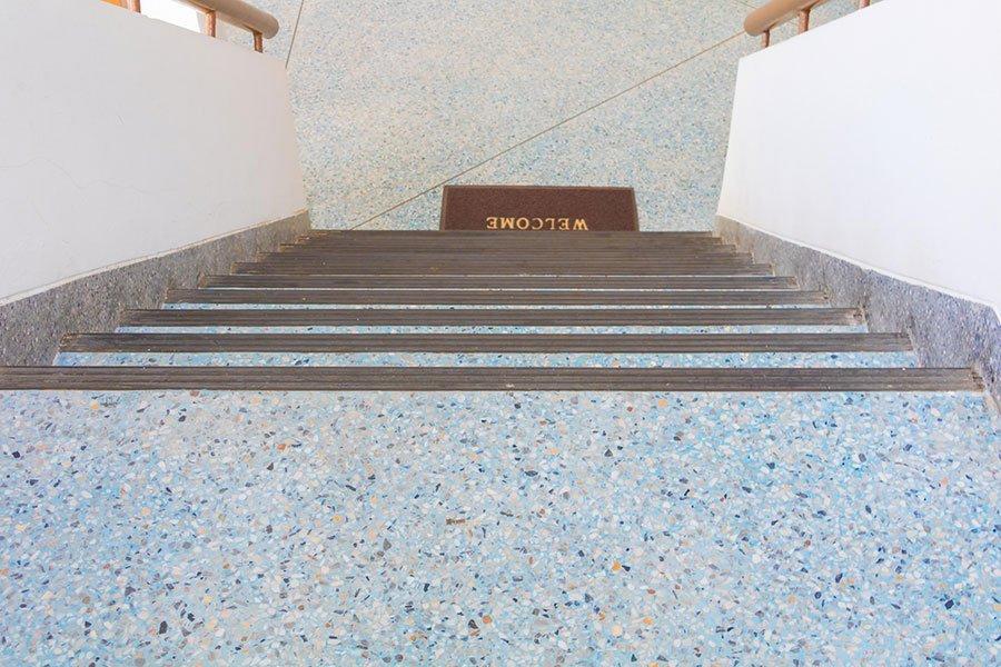 Bobeton. Terrazo in situ Bradbow de Bomanite. Muestra de su versatilidad.
